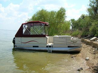 pontoon half enclosure in burgundy sunbrella